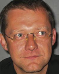 """Sebastian Kirsch Dr. jur. Sebastian Kirsch ist langjähriger Betreuungsrichter am Amtsgericht Garmisch-Partenkirchen und hat das Verfahren des """"Werdenfelser ... - kirsch"""