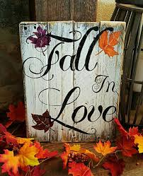 pallet projects for fall. fall in love pallet sign | project ideas nifty signs and decors for projects