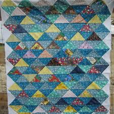 25 Half Square Triangle Quilt Patterns | FaveQuilts.com & Quilt Patterns Using Half Square Triangles Adamdwight.com