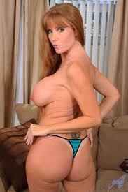 XXX porn dot stampi Seductive brunette Darla Crane plunges a.