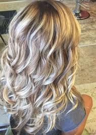 大きなカーリーの髪型の完全なフリンジミドル長さ合成カプチーノの女性の