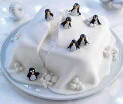 Best 25+ Christmas cake decorations ideas on Pinterest   Christmas cake  designs, Christmas cakes and Christmas birthday cake