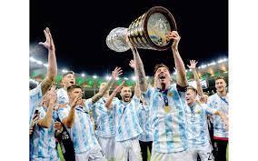 ميسي يتوّج أخيراً مع الأرجنتين - الرياضي - ملاعب الإمارات - البيان