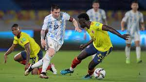 Argentina squander two-goal lead in Colombia