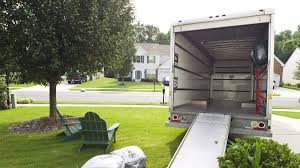 4 Important Things to Consider When Renting a Moving Truck ...