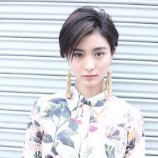 2019黒髪メッシュが超トレンド長さ別人気カラースタイル35選