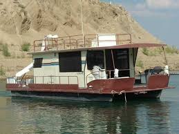 Small Picture Houseboat Rentals on Flaming Gorge Reservoir