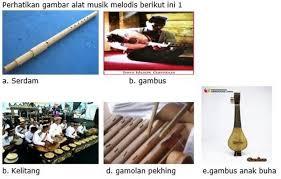 Beberapa contoh alat musik yang masuk klasifikasi ini adalah gong, kastanyet, bonang, angklung, saron, dan gender. Lengkap Contoh Soal Jenis Dan Fungsi Alat Musik Tradisional Kelas 10 Sma Ma Bospedia