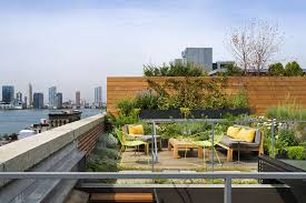 Dwell modern lounge furniture Chaise Chairs Perfect Dwell Modern Lounge Furniture Interior Charming On Designrulz Rooftop Deck 8jpg Design Ideas Greenandcleanukcom Perfect Dwell Modern Lounge Furniture Interior Charming On