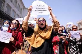 نساء أفغانستان يطالبن بحقوقهن السياسية.. وجبهة المقاومة تتصدى لهجوم طالبان  في بنجشير | ایران اینترنشنال