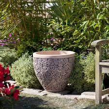 ... Fascinating Garden Decoration With Various Big Plant Pots : Magnificent  Accessories For Garden Decoration Using Round ...