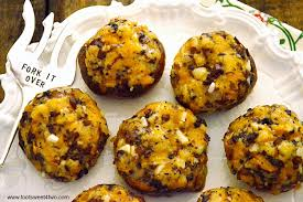 Just crumble or cube the cornbread, place on a baking sheet and bake at 350 degrees f until dry and crunchy. Thanksgiving Leftovers Cornbread Stuffing Stuffed Mushrooms Toot Sweet 4 Two