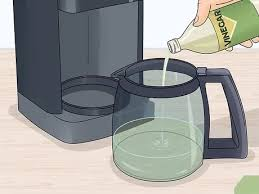 How to clean a coffee maker with vinegar requires following some. Easy Ways To Clean A Cuisinart Coffee Maker 13 Steps