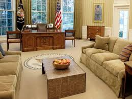 oval office coffee table. White House Oval Office Desk Coffee Table