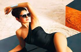 Sizzling Pics  Who Knew Ameesha Patel Would End Up Being Such A     SouthDreamZ