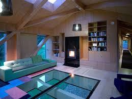 Unique Floor And Ceiling Idea For Comfy Rustic Living Room Design