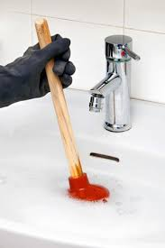 unclogging a sink 10 dos and don ts