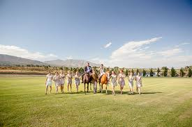 13 unconventional wedding entertainment ideas to make your wedding Elegant Wedding Entertainment Ideas 13 unconventional wedding entertainment ideas to make your wedding memorable elegant horseback riding elegant wedding reception entertainment ideas