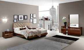 King Bedroom Sets Modern Roma Italian Modern Walnut Eastern King Bedroom Set