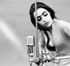 Lessons We Can Learn From PJ Harvey | AnOther