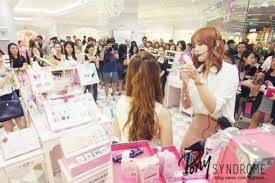 pony demonstrates makeup application at the etude house flagship in singapore in october 2016 pony