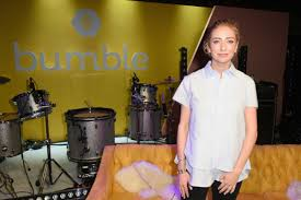 Et on thursday, those shares were worth $1.6 billion. Whitney Wolfe Herd Poised To Become Billionaire In Bumble Ipo Celebrity Net Worth