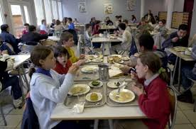 round school lunch table. Children At A School In Northern France\u0027s Caen. Round Lunch Table