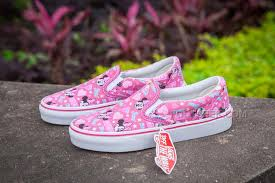 vans shoes 2016 for girls. vans pink hello kitty disneyland shoes women girl slip on 35-39 2016 for girls s