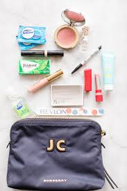 how to pack the most reliable makeup bag for your purse