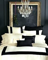 black and white bedroom decor. Gold Black And White Bedroom Decor
