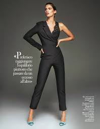 Super Model Sara Sampaio featuring on Grazia.it in PINKO total.