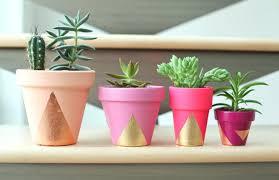 paint your own flower pot painted plant pots painting garden ideas