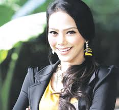 Sari juga memberitahu, tawaran drama daripada syarikat produksi milik Datin Zaiton Mohd. Jiwa itu begitu besar dan cabaran untuk membawakan watak Suria . - hi_01.2