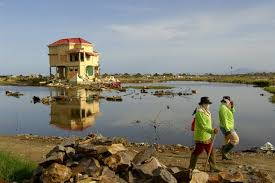 Please listen to your local radio and tv the table below lists the records of tsunamis affecting the australian coastlines since european settlement. 2004 Indian Ocean Earthquake And Tsunami Facts Faqs And How To Help World Vision