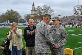 She walked out nude, as expected, and smiled as she w. Army Chief Of Staff Gen Raymond T Odierno Presents The Chief Of Staff Challenge Coin To