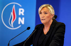 Marin Le Pen srpska kraljica - Page 2 Images?q=tbn:ANd9GcSCa6zf9m1qwNAk7xDXilb_YPsr4oWt5y3jLw&usqp=CAU