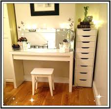 Modern Dressing Table Designs India Awesome Dressing Room Vanity Table With Light Up Mirror