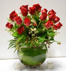 Florist in Los Angeles Flower Delivery - A lovely arrangement with 2 dozen  of red roses