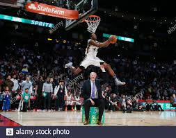 West All-Star Jeremy Evans of the Utah Jazz competes in the slam dunk  contest during the NBA basketball All-Star weekend in Houston, Texas,  February 16, 2013. REUTERS/Lucy Nicholson (UNITED STATES - Tags: