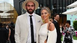 Paddy McCartin and Lucy Brownless break ...