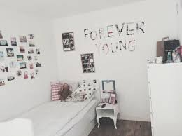 simple bedroom tumblr. Bedroom, Room Inspiration, Simple, Tumblr, Tumblr Room, Roomspiration Simple Bedroom E