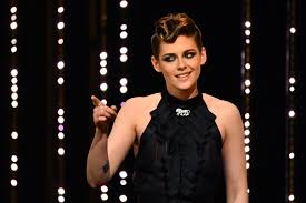 kristen stewart says that the new charlie s angels reboot is going to be the woke version