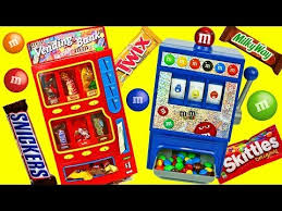 Candy Vending Machine Toy Custom CANDY VENDING MACHINE Real Working Chocolate Snickers MMs Toy
