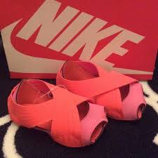 Nike Studio Wraps Pink Coral For Yoga Or Barre New Nike
