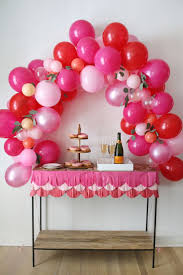 Decorating With Balloons Balloon Arch Diy Working With Balloontime Balloons Make The Best