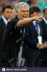 Inter Milan's coach Gian Piero Gasperini gestures during the TIM trophy  soccer match against Juventus at the San Nicola stadium in Bari August 18,  2011. REUTERS/Alessandro Garofalo (ITALY - Tags: SPORT SOCCER