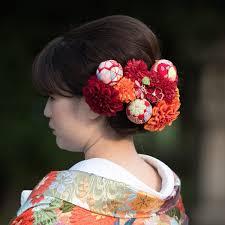 白鷺宮 護國神社 в Twitter 色打掛の色味に合わせて鞠を入れた髪飾り
