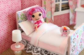 Lalaloopsy Bedroom How To Make A Bed For A Mini Doll Like Lps And Lalaloopsy Youtube