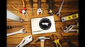 C'est un outil métallique utilisé pour enfoncer des clous ou extraire des pointes de planches ou bois divers. Outils Pour Le Calfeutrage Calfeutrage Apex Rive Sud