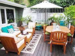 patio furniture layout
